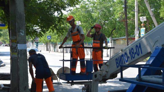 Около миллиона рублей потратят в Симферополе на замену освещения