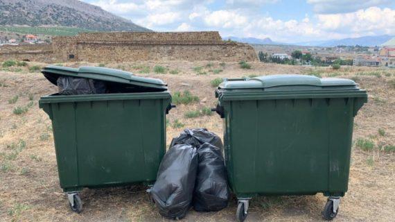Крымчане смогут узнать, когда на их улице заменят мусорные баки