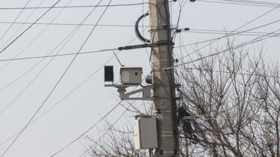В Крыму вновь установили мобильные камеры видеофиксации: список мест