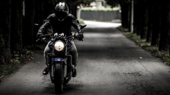 Симферопольский байкер доехал из родного города до Москвы за сутки