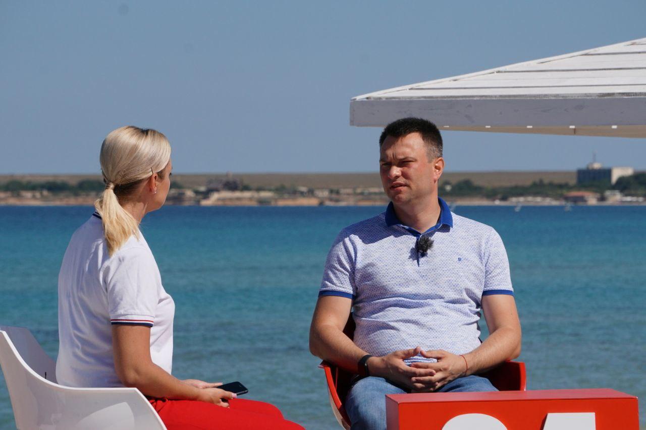 Бизнес перестроился: В Крыму по итогам полугодия собрали достаточное количество налогов