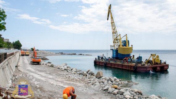 Берегоукрепительные сооружения возле Симеиза достроят к концу года