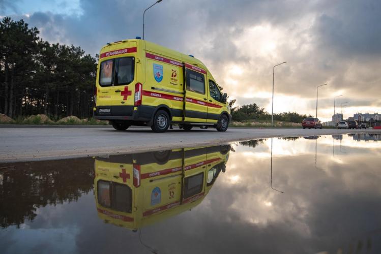 Крымским врачам скорой хотят выдать электрошокеры и перцовые баллончики