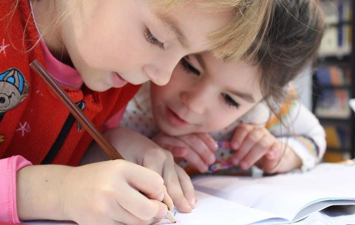 В России запретили организацию детских мероприятий до конца года