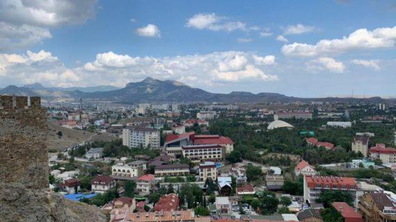 Власти Крыма разрешили иностранцам сдавать тесты на COVID-19 на полуострове