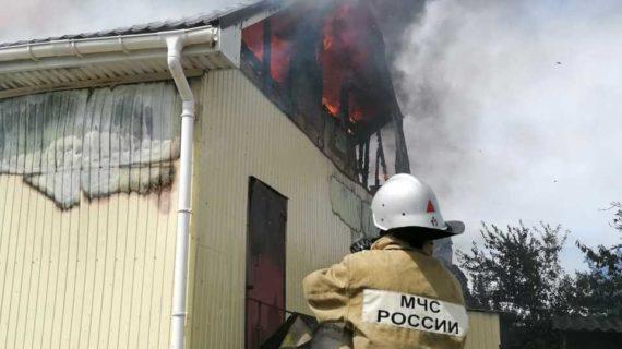 В Ленинском районе ликвидировали пожар в магазине
