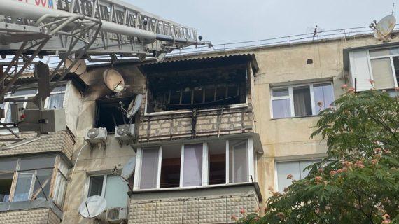 Во время пожара в севастопольской многоэтажке погиб мужчина