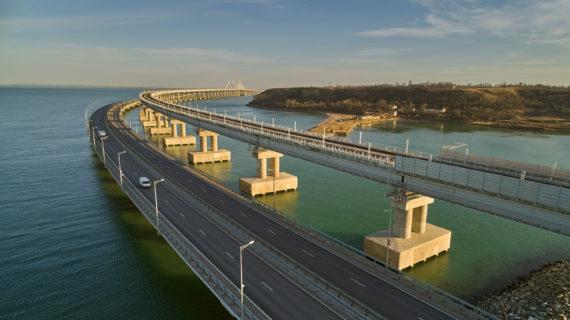 Сообщения об огромной пробке на Крымском мосту оказались фейком. ВИДЕО
