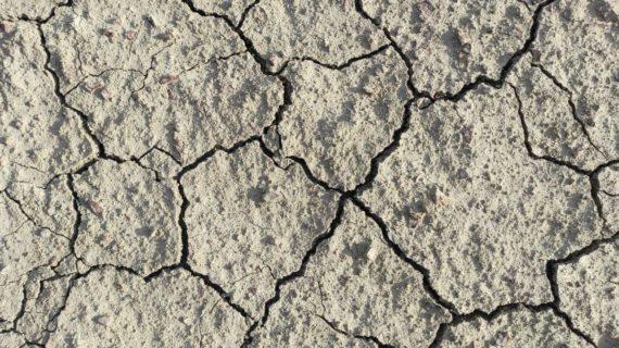 Вода в Симферополе: Что известно об ограничениях, чего ждать дальше