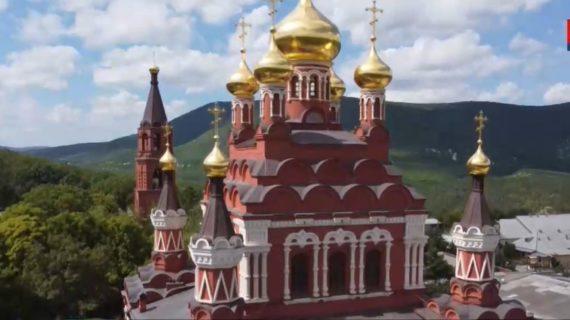 В Крыму реконструируют более 30 величайших храмов