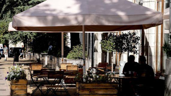 Крымским кафе и магазинам придётся  установить рециркуляторы