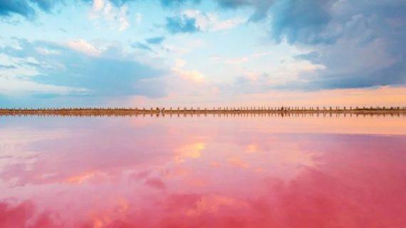 Добыча песка не повредит розовому озеру Сасык в Крыму