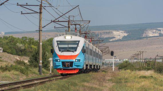 В Крыму пригородные поезда начинают ходить по зимнему расписанию