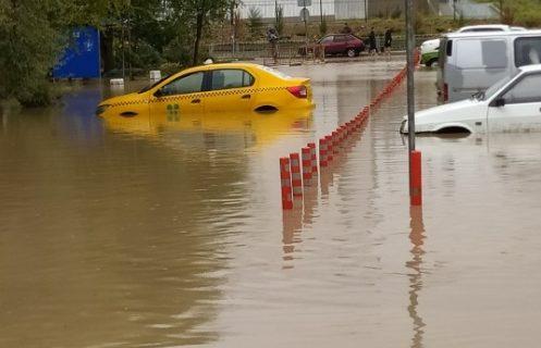 Севастополь «под водой»: город-герой затопило после ливня