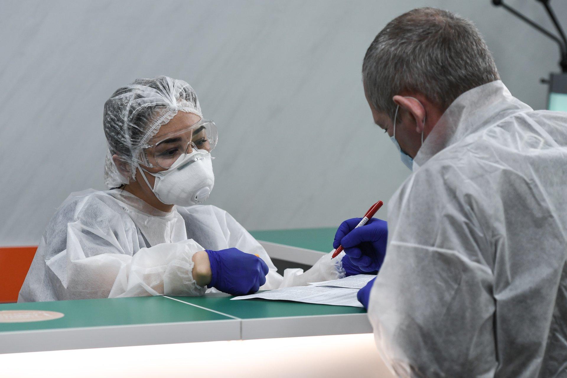 COVID-19 наступает: в крымские больницы за неделю положили на 300 пациентов больше