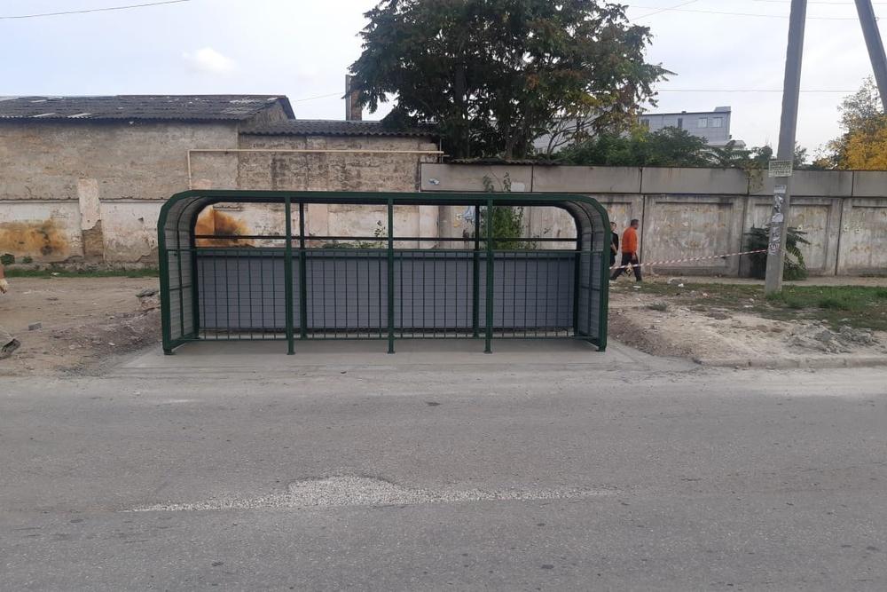 Современные контейнерные площадки для мусора появились в Симферополе