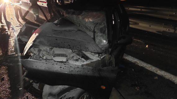 На трассе «Таврида» легковушка влетела в грузовик