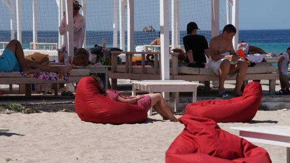 В Крыму туристы COVID-19 не боятся: гостиницы заполнены на 90%