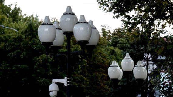 Стало известно, почему на некоторых улицах Симферополя пока нет освещения