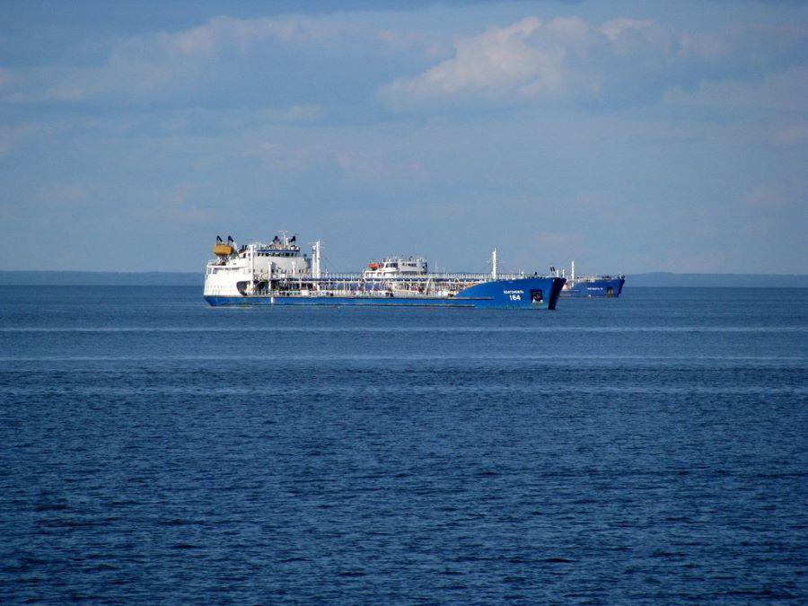 Следком назвал причину взрыва на танкере в Азовском море