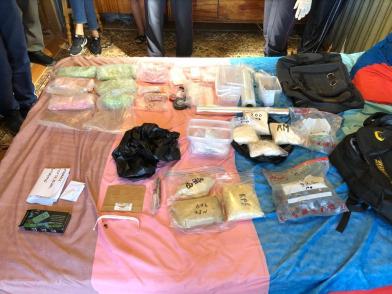 В Симферополе полиция  изъяла у наркосбытчика более 5 килограммов синтетических наркотиков