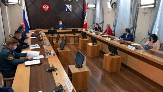 В Севастополе временно закрыли кинотеатры и запретили экскурсии