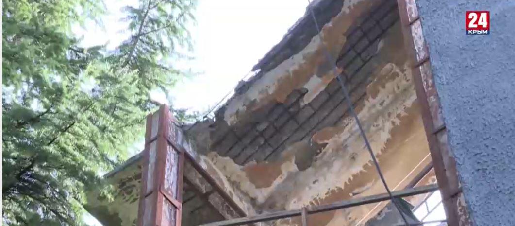 В Ялте 217 жильцов аварийного общежития переселят в новое здание
