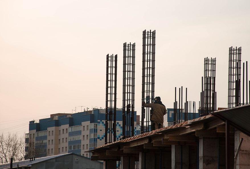 Вице-премьер РК: Новые микрорайоны Симферополю нужны, чтобы расселять людей из аварийного жилья, медиков