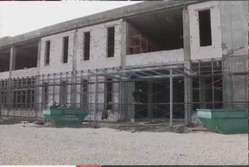 В Евпатории почти на 100% завершили реконструкцию Дворца спорта