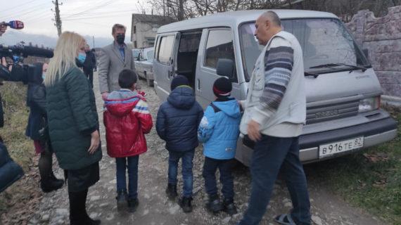 Скандал с приёмными родителями в Симферопольском районе: полиция подтвердила побои, пятерых детей изъяли