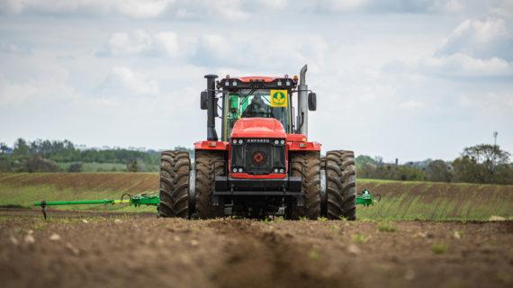 За год в Крым поставили 400 единиц сельхозтехники и оборудования за миллиард рублей