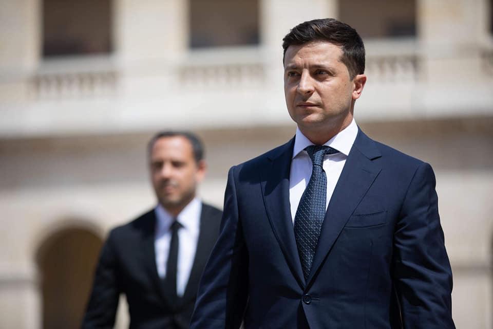 Президент Украины попал под санкции российского новостного агрегатора