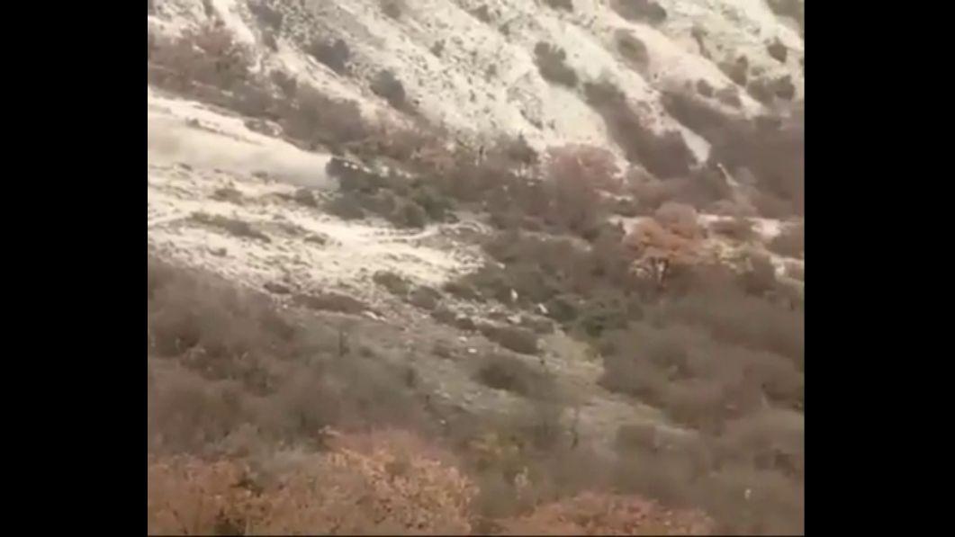 Забыл поставить на ручник: В Крыму внедорожник сорвался с горы