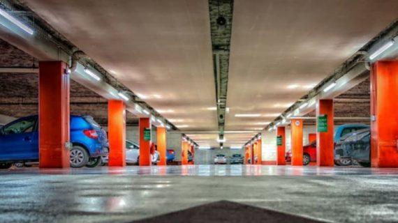Замглавы Ялты: Поступления в бюджет от платных парковок - минимальные