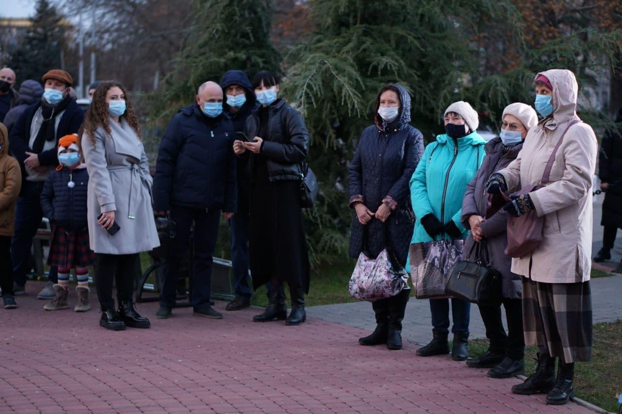 Ханукальную свечу зажгли в столице Крыма
