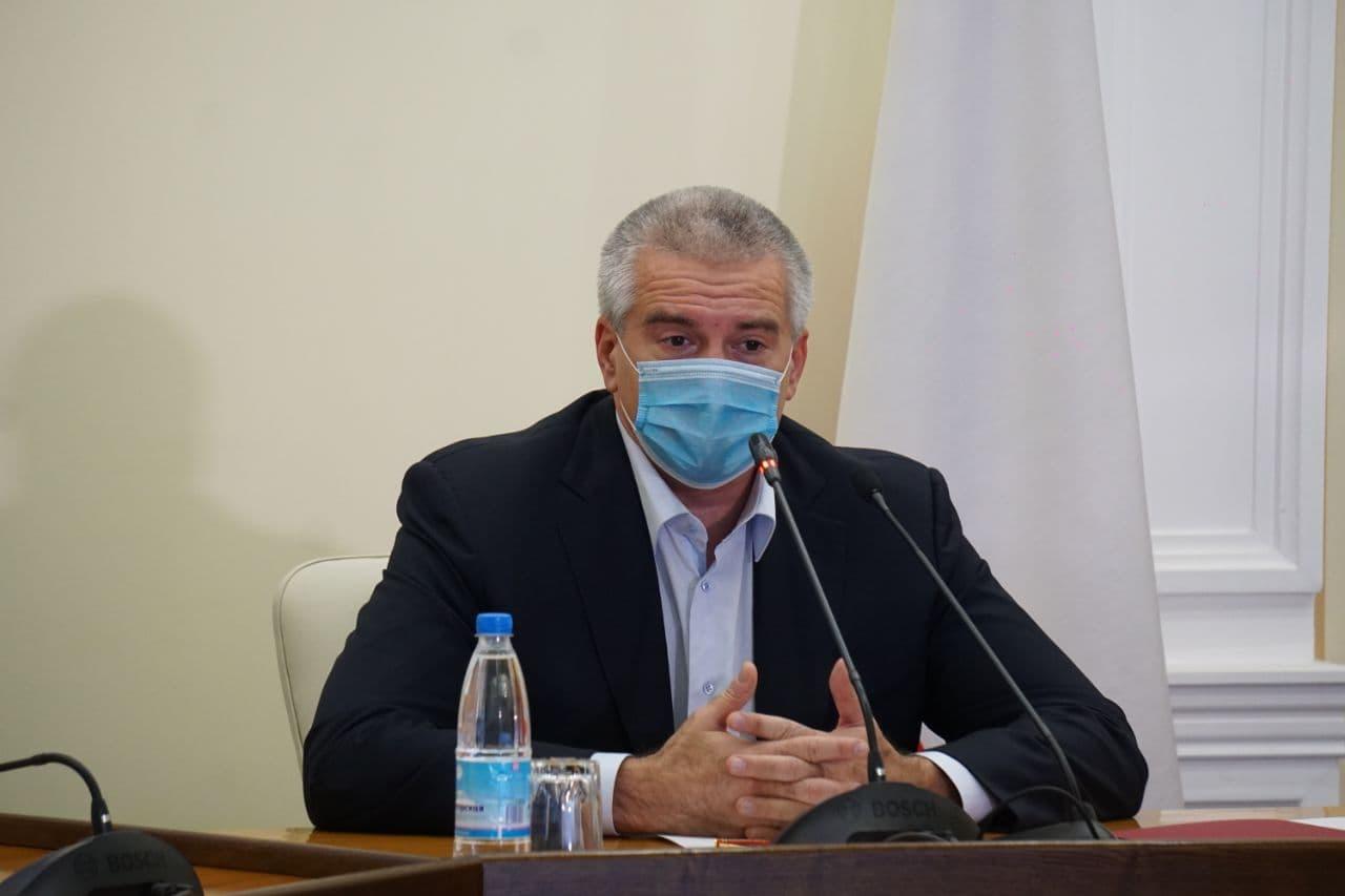 Глава Крыма: Организаторы государственного переворота в Киеве превратили Украину в страну-зомби