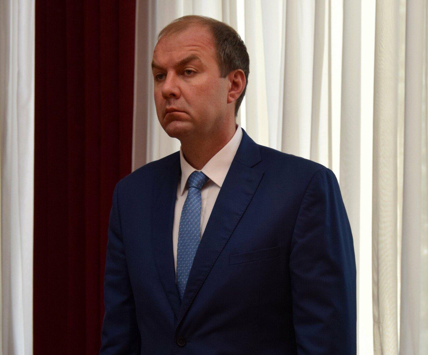 Один из замов главы администрации Симферополя уволился по собственному желанию