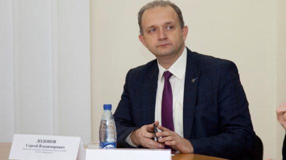 «Вовлечение несовершеннолетних в политические игры – недопустимо»: Депутат РК об участии молодёжи в митингах и протестах