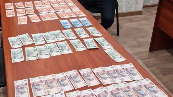 В Крыму руководителя одного ветцентра подозревают в получении крупной взятки