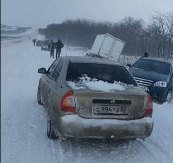 Под Симферополем произошло массовое ДТП с участием 32 машин