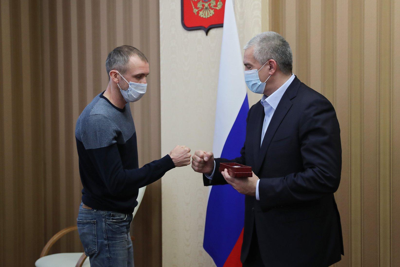Глава Крыма наградил воспитанников училища олимпийского резерва, которые достойно представили Республику на чемпионатах РФ