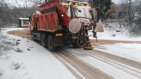 Глава Крыма недоволен уборкой снега на трассе «Таврида»