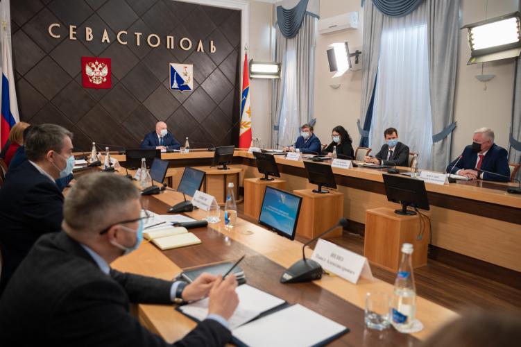 В Севастополе усилят проверку соблюдения масочного режима в транспорте