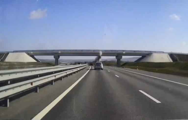 Водителя грузовика, который повредил мост на трассе «Таврида», оштрафовали на 10 тысяч рублей