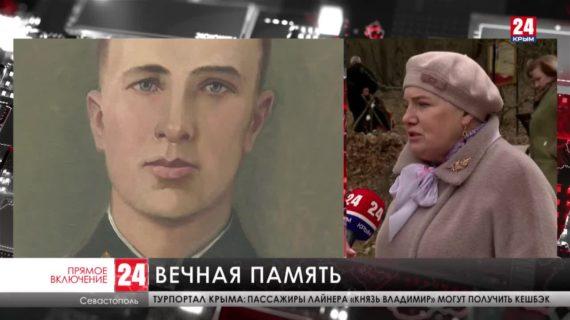 Памятный знак в честь героя обороны Севастополя установили в селе Родниковое