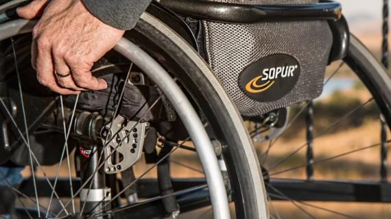Граждане с инвалидностью смогут самостоятельно приобретать технические средства реабилитации