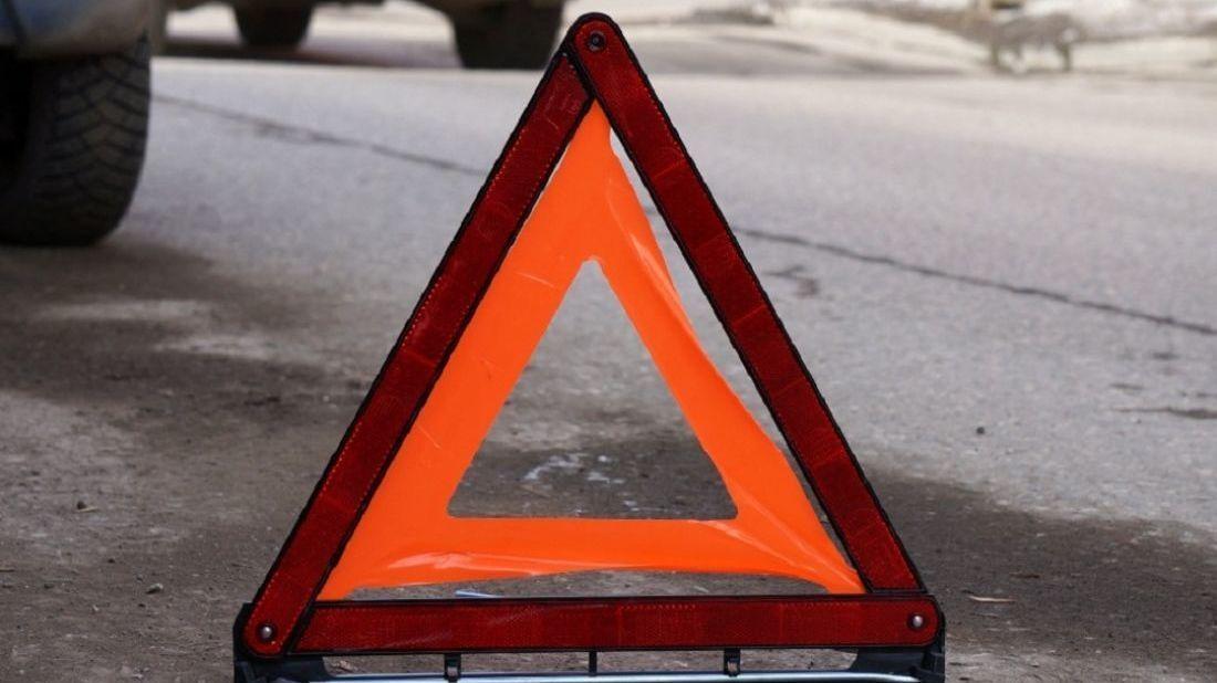 В Севастополе восьмилетний ребёнок  выбежал на проезжую часть и попал под колёса