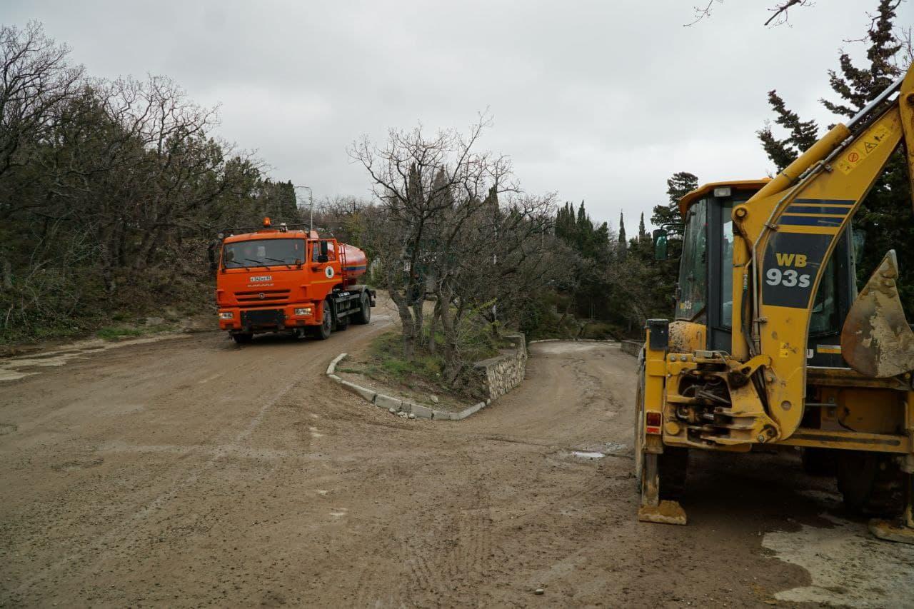 Застройщик привёл в порядок территорию Форосского парка, которую загадили строители