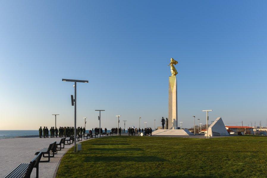 В Севастополе открыли памятник, посвящённый всем жертвам Гражданской войны в России