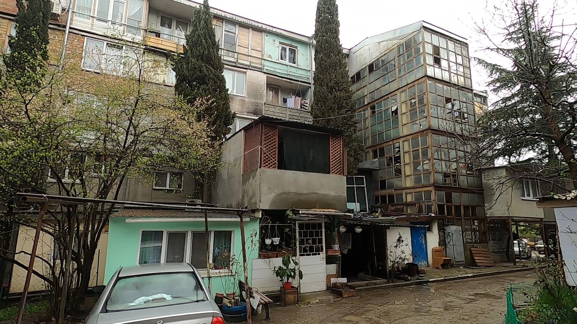 Власти Ялты нашли способ, как спасти семьи из общежития «Звёздочка»